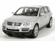 Maisto 31216 1/24 Scale VOLKSWAGEN Touareg Silver DieCast Model Special Edition