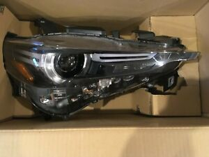 Mazda cx5 2017-2019 OEM Headlight RH passenger Grand Touring Excellent condition