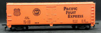 TYCO: PACIFIC FRUIT EXPRESS PFE 77678 SP BoxCar Vintage. HO SCALE H0, ORANGE