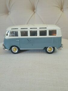 Vintage Maisto VW Volkswagen Van Bus Samba  1:25 Scale
