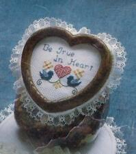 """Pre-cut Aida Heart w/Lace to Cross Stitch - Approx. 6 3/4"""" x 7"""" - Spinning Wheel"""