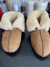 ladies sheepskin slippers Size 5