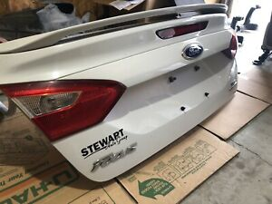 2012-2013-2014 FORD FOCUS TRUNK LID WHITE OEM