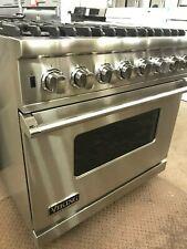Viking Professional Stainless Steel 6 Burner Dual Fuel Range -Light Use- Vdsc536