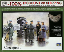 """Master Box 3527 """"Checkpoint"""" WWII German Soldiers with Dog & Civilians Scale1/35"""