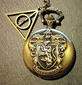 Harry Potter: Kette mit Gryffindor Medaillon mit HdT Anhänger und Uhr