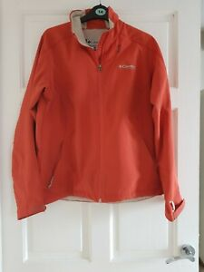 Womens Columbia soft shell jacket 14