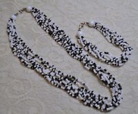VINTAGE MULTI STRAND BLACK & WHITE GLASS SEED BEADED NECKLACE & BRACELET LOT