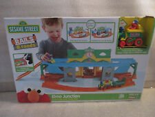 NEW Playskool Sesame Street Muppets Rails Roads Elmo Junction 2in1 Train Car Set