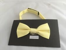 < NEW > Baby Yellow Polyester BOYS Ready Pre-tied Bow tie >>P&P  >> Via st Class