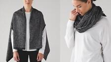New NWT Lululemon Vinyasa Scarf Shawl / Arm Holes WRAP in JACQUARD BLACK WHITE