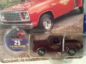 Lil red 1978 Express Truck DODGE PICKUP trucking 25 red JOHNNY LIGHTNING 1/64