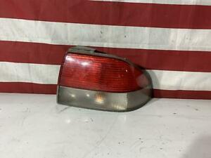 99 00 01 02 03 SAAB 9-3 Right Tail Light Assembly