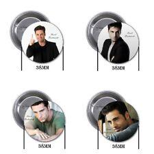 David Bustamante - 4 badges, broches, badge, bouton