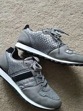 Womens size 5 Trainer  Primark emaculate condition hardly used