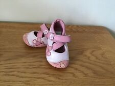 Clarks Baby  Girls First Shoes Size 2 F Very Good Condition