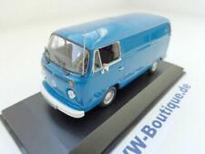 + VOLKSWAGEN VW T2 b Bus Transporter von Maxichamps in 1:43 blau 940053061