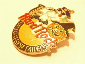 TAIPEI HALLOWEEN 1994 SAX PLAYING GHOST,PUMPKIN  hard rock cafe pin B 17-30-432