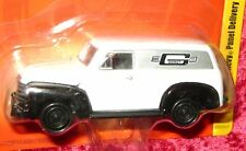 Johnny Lightning 1950 CHEVY PANEL DELIVERY WHITE Mr. Gasket Co. Van 1:64 Car I