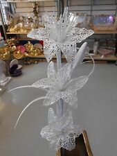 Moderne Lilien Dekoration Dekozweig Kunstblumen Farbe Weiß mit Glitzern