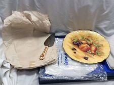 Gorgeous vintage Aynsley Fine English Bone China Orchard Gold Cake Plate