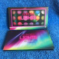 BH Cosmetics Aurora Lights - 18 Colour Baked  Eyeshadow Palette - MELB SELLER
