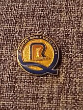 Vintage Roadway Quality Service Team Trucking Safety Award Driving Pin Hat Lapel