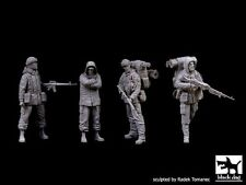 Black Dog 1/35 British Royal Marines and Argentine Soldier Falklands Set F35088