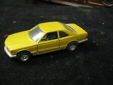 Yatming 1:43 Gold Mercedes-Benz Pull Back & Go Car #8304