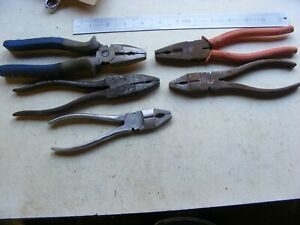 5 OLD PAIRS OF PLIERS (09812)