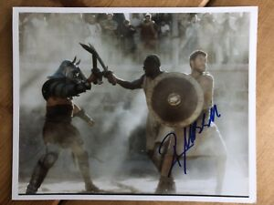 Russell Crowe Gladiator Hand Signed 10x8 Photo / 100% Authentic