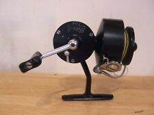 moulinet  Mitchell noir (304 Taille ) spinning reel Fishing Reel 1950/1970