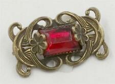 ART NOUVEAU BRASS RED EMERALD CUT GLASS STONE BROOCH DEJ430