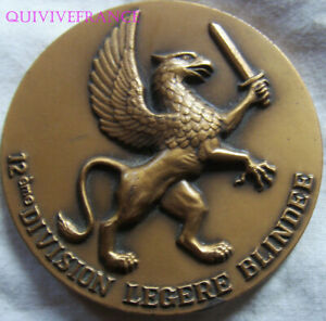 MED10182 - MEDAILLE GRIFFON - 12e DIVISION LEGERE BLINDEE
