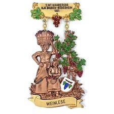 Vintage German WANDERUNG 1981 Medal Medallion Grapes WEINLESE BINGEN-BUDESHEIM