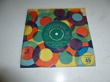 "NINA & FREDERIK - Je Ne Crois Plus Au Pere Noel - 1960 UK 7"" vinyl single"