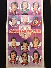 A&BC Gum Southampton Football Club 1972-73 No. 10 Giants Team Poster Memorabilia