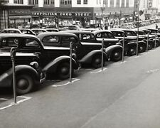 CLASSIC CARS PARKED NEXT TO METERS 1930S 11x14 SILVER HALIDE PHOTO PRINT