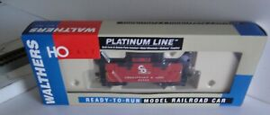 HO Walthers Platinum Line 932-7528 C&O Chesapeake & Ohio 25' Wood Caboose #90753