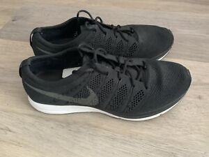Nike Flyknit Trainer Black White Size 8.5