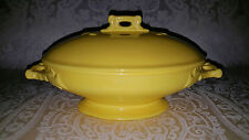 VTG YELLOW STONEWARE POTTERY IRONSTONE CHINA COVERED VEGETABLE BOWL W/ HANDLES