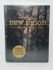 The Twilight Saga: New Moon Two Disc DVD Gift Set With Charm Necklace Borders