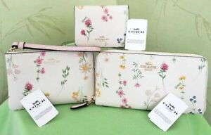 COACH WALLET, WRISTLET, or BIFOLD CARD CASE/ID W/SPACED WILDFLOWER PRINT:NWT