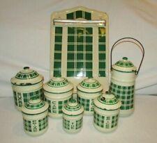 Boites, pots et moules de collection pour cuisine