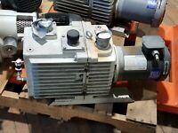 Leybold TriVac D30A Vacuum Pump 1.5HP GE General Electric 3Ph Motor CAN SHIP