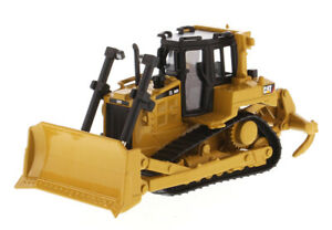 Die Cast Masters  D6R Caterpillar track type tractor NEW 1:64  85691