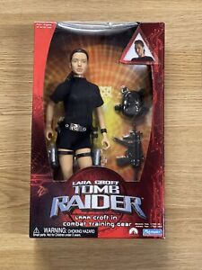 "Lara Croft TOMB RAIDER - LARA CROFT IN COMBAT  TRAINING GEAR - 12"" Figure New"