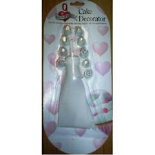 CAKE DECORATING KIT - ICING POUCH AND 10 NOZZLES