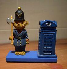 BRITISH LONDON POLICEMAN BEAR WITH AXE + BLUE PHONE BOX  DESK TIDY ORNAMENT
