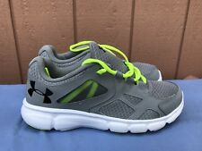 NEW Men's US 10 UNDER ARMOUR THRILL Gray Yellow Casual Athletic Running Shoes A4